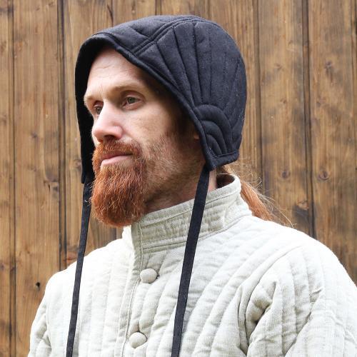 Eisenbrück padded coif, black